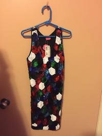 Girls dresses size 10 in new condition. Some with tags attached. Burnaby