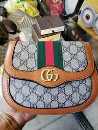 brown and green Gucci leather handbag Los Angeles, 91402