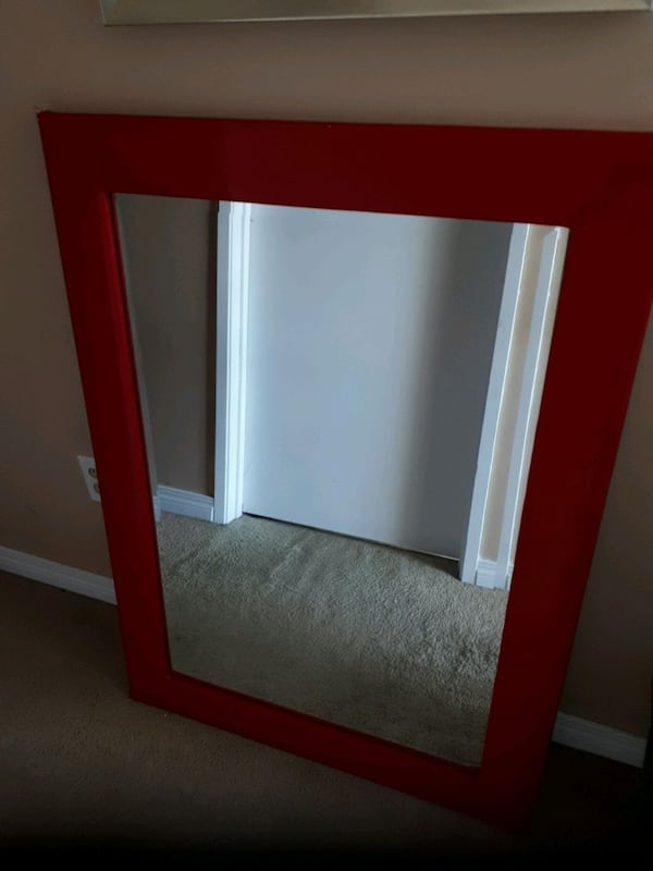 Red vinyl framed beveled heavy mirror 015e4a65-b8f4-450c-89d9-e3bd4ead1026
