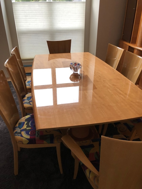 Just Reduced Modern Italian Dining Room Set