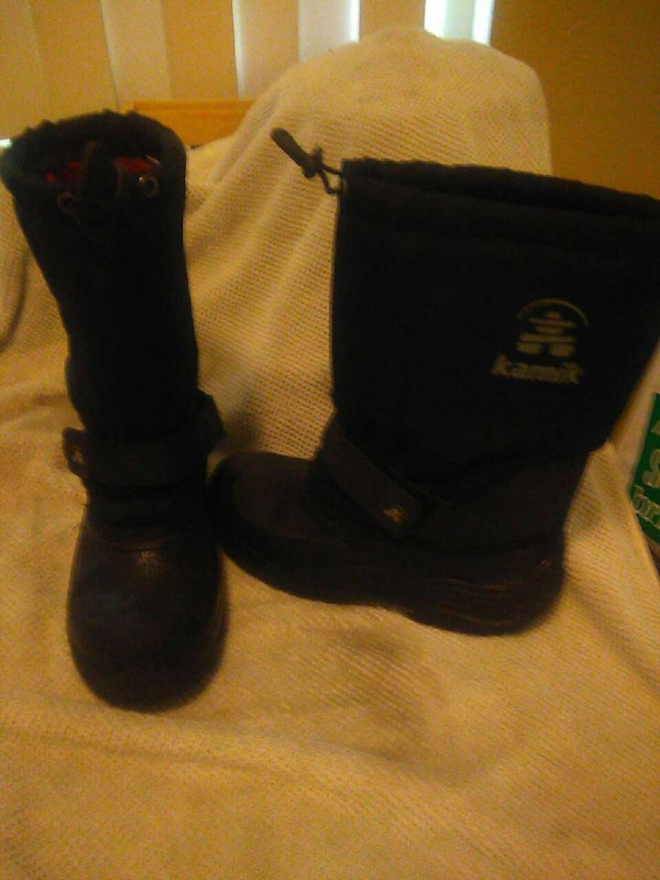 766fb251825b Used Kids snow boots for sale in Benicia - letgo