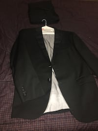 3acdae2141b Used Vera Wang tuxedo for sale in Virginia Beach - letgo