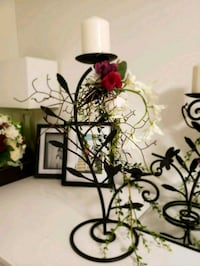 Candle holder with silk flowers Toronto, M9W 3Z8