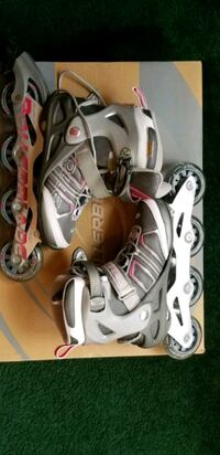 Womens Rollerblades- size 6 Mississauga, L4Z 4E1