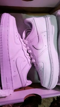 Brand new Nike Force 1 11c Dover, 17315