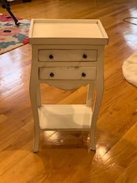 Small bedside table Chicago, 60632