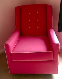 Hot pink chair Montgomery Village, 20886