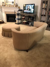 Settee (Sofa) and. Ottoman Knoxville, 37921