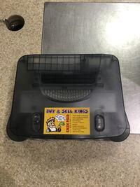 N64 CLEAR BLACK WITH ACCESSORIES  544 km