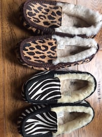UGGS UGG Moccasin Slippers DAKota $65 Each Size 8 And 6 513 km