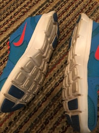 Nike size 8 shoes Mississauga, L4Y