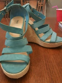blue  wedge sandals Laytonsville, 20882