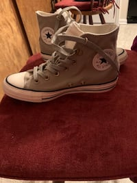 Khaki green converse never wore high top size 7 Stephens City, 22655