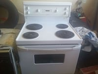 Hotpoint stove good condition Dundas, L9H