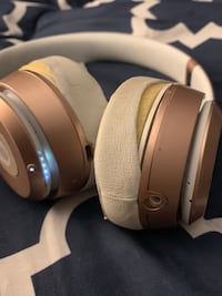 Special Edition Rose Gold Beats by Dre! Retail for $329 new!   Madison, 39110