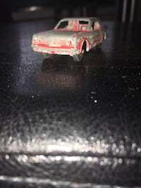 Vintage Antique 1965 Metal Mustang TootsieToy Car