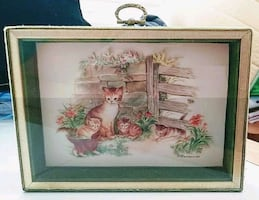 VINTAGE KITTY GLASS SHADOWBOX