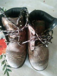 brown-and-gray realistic camouflage round-toe work boots Bakersfield, 93307