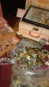 One big bag of all kinds of Jewelry in jewelry box Dallas, 75243