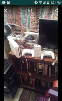 Nintendo Wii console with Remote and Controls Los Angeles, 90017