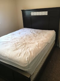 ( Free delivery) Queen bed frame  Calgary, T3E 6X1