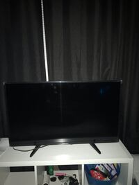 Samsung element tv 39inch  Morrisville, 27560