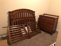 Crib and Changing Table  Pflugerville, 78660