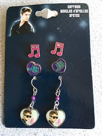 Brand new - 3 Pairs Of justin bieber earrings $2  Trenton, K8V 3S8