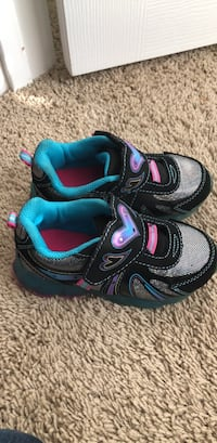 light up Shoes size 9  Warner Robins, 31088