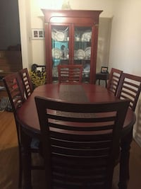 Dining table with 6 chairs Toronto, M2H 2W6