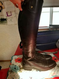 Ariat Heritage Riding Boots & Bag 3166 km