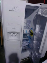 New Frigidaire Side by side refrigerator Baltimore, 21223