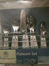 Set of nifes, spoons and forks new never used 229 mi