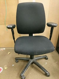Used office chairs 2 available Toronto, M3J 2X7