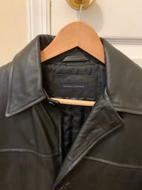 Banana republic men's leather jacket size small Centreville, 20120