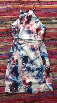 white, blue, and red floral sleeveless dress San Antonio, 78249
