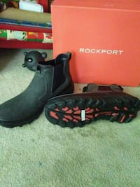 Brand new mens rockport  North Vancouver, V7L 3B5