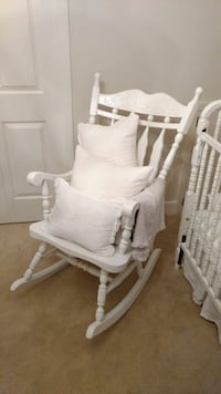 White painted wooden rocking chair Langley, V3A 3H7