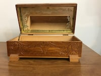 Antique carved wooden jewelry box with mirror Mansfield, 02048