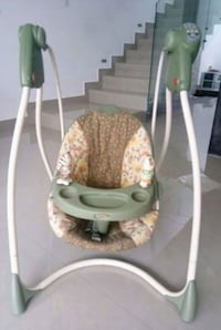 baby's white and gray swing chair Channelview, 77530