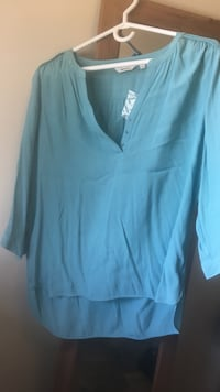 Large Pretty teal colour shirt from Reitmans never worn Edmonton, T6J 4E7