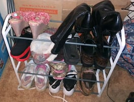 Plastic shoe rack metal bars