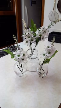NEW Clear glass mini vases Regina