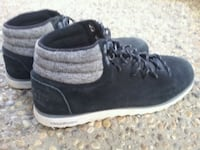 pair of black-and-gray low top sneakers Edmonton, T6T 1M4