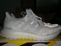 pair of gray Adidas Ultra Boost shoes with box 32 km