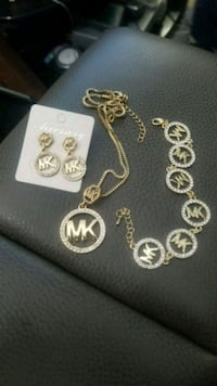 MK BRAND 18K PLATED W/CRYSTAL NEW London, N6P 0E2