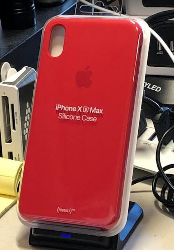 huge discount 10cec cdb47 Apple iPhone XS Max Product Red Silicone Case