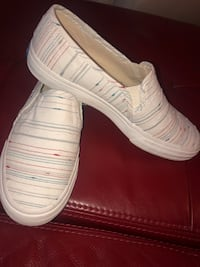 pair of white slip on shoes Carrollton, 75007