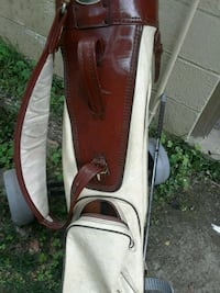 GOLF BAG AND CARRIER