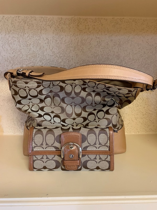 cfcf888f2 Used Authentic Coach bag and wallet for sale in Marvin - letgo